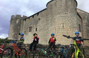 Balade à vélo à Mont-Saint-Jean, Auxois