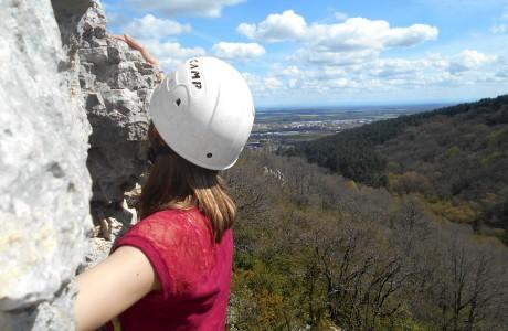 escalade-falaise-activite-velovitamine